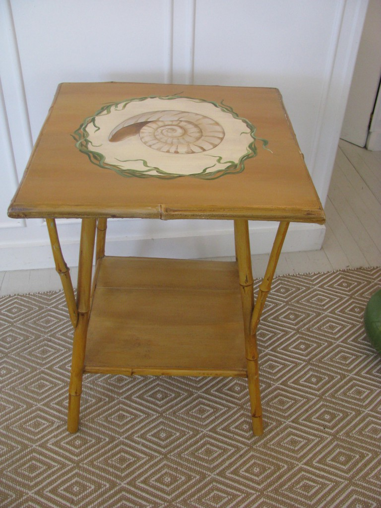 Bamboo shell table